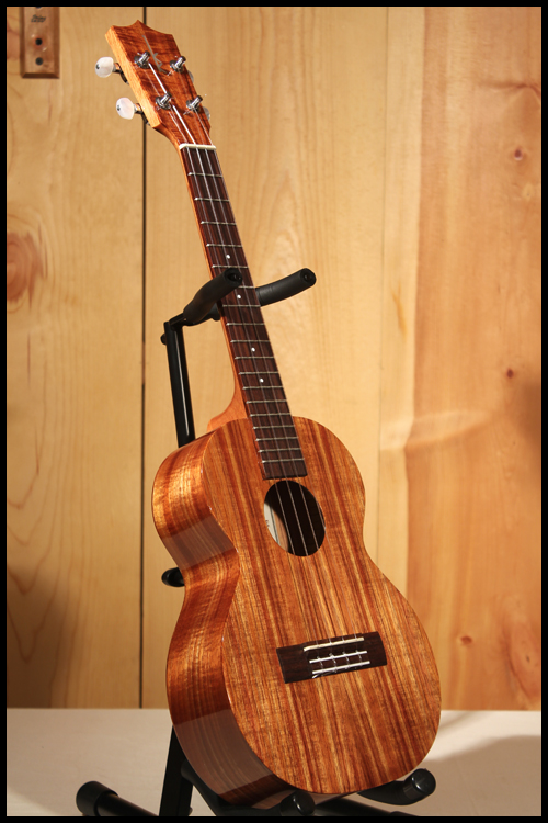 kamaka ukuleles in 4 sizes corey jams the crazy g ukulele reviews lessons and performances. Black Bedroom Furniture Sets. Home Design Ideas